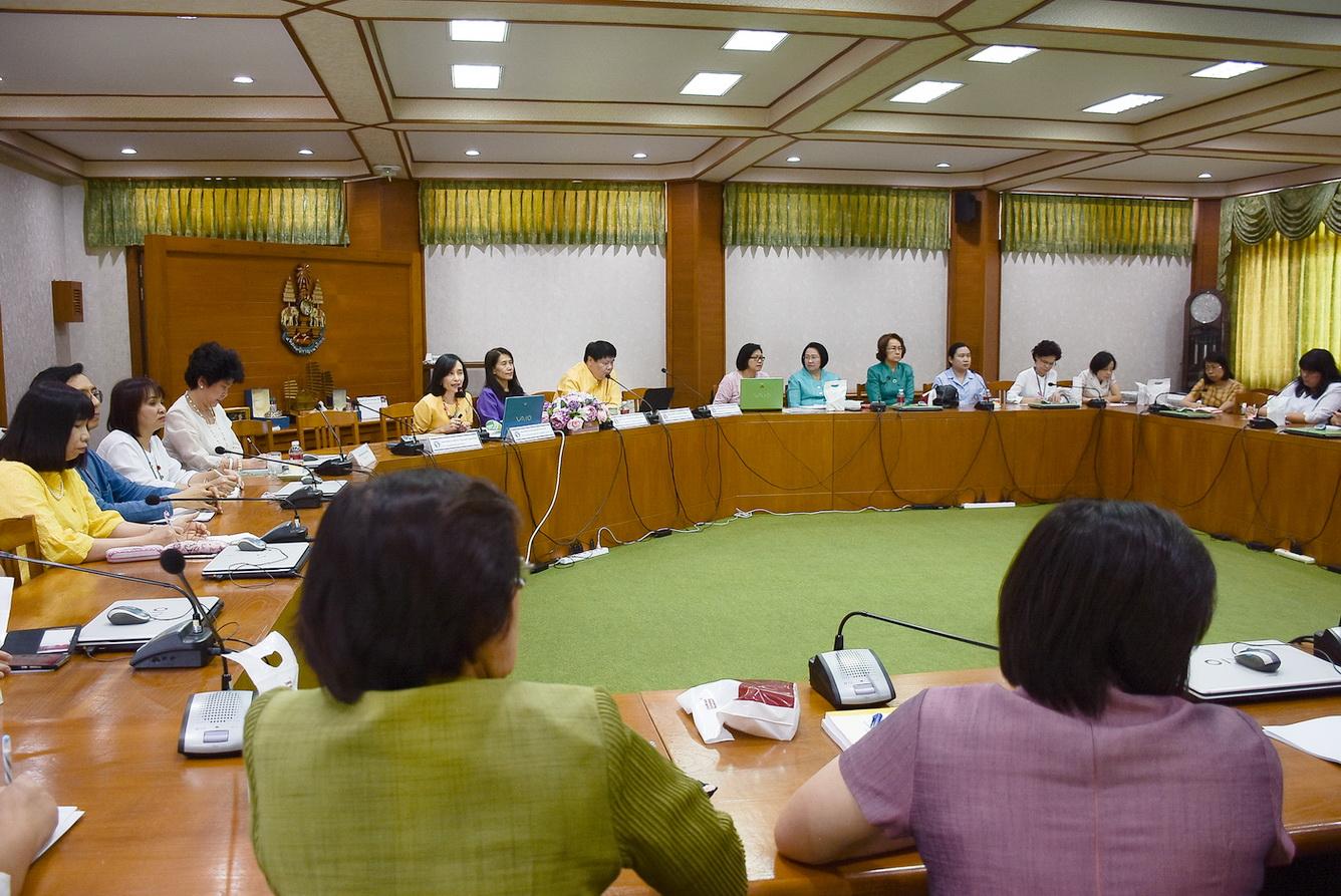ประชุมเพื่อแลกเปลี่ยนความคิดเห็นด้านนโยบายทางวิชาการและการผลิตบัณฑิต มหาวิทยาลัยเชียงใหม่